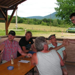 la bienvenue à Christian; autour de la table Yves, Frédéric, Philippe, Gilbert et Marc